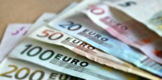Jak inwestować w waluty długoterminowo?