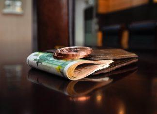 Jak płacić rachunki za darmo bez prowizji?Jak płacić rachunki za darmo bez prowizji?