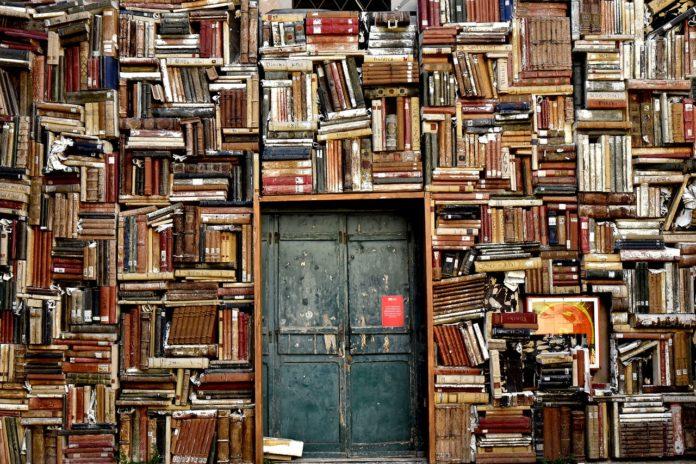 Jak sprzedać używane książki i podręczniki?