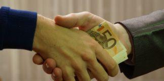 Jak wybrać lepszą lokatę bankową?