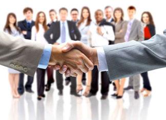 Inwestor we współpracy z prawnikami